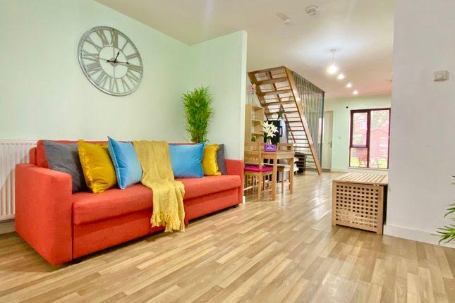 Thumbnail Flat to rent in Taylorson Street, Salford