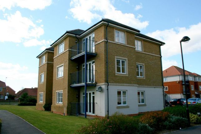 2 bed flat to rent in Santa Cruz Drive, Eastbourne