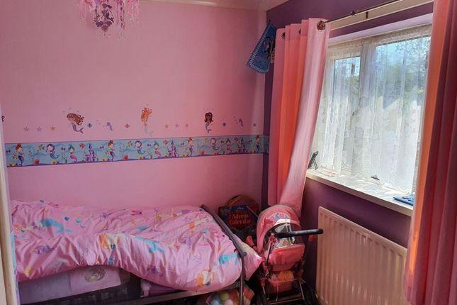 Photo 12 of Garsdale Crescent, Blurton, Stoke-On-Trent, Staffordshire ST3