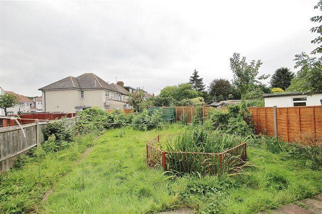 Thumbnail Semi-detached house to rent in Green Lane, Thornton Heath