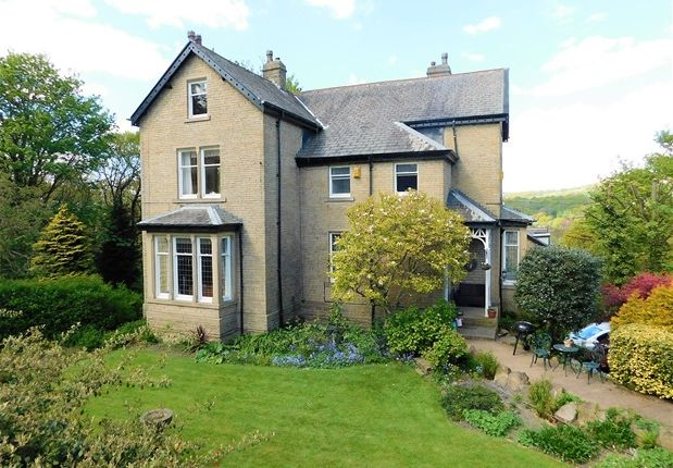 Thumbnail Detached house for sale in Sleningford Road, Nab Wood, Shipley