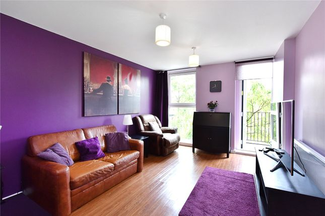 Thumbnail Flat to rent in Kitchener House, Ashmore Road, London