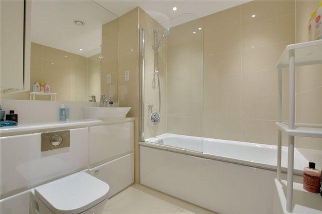 Bathroom of Bellville House, 79 Norman Road, Greenwich, London SE10
