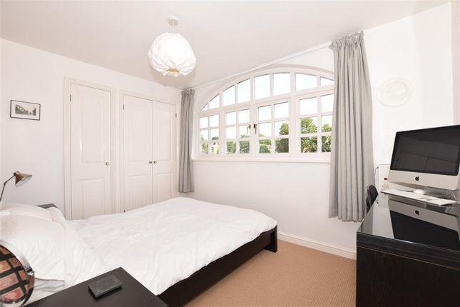 Thumbnail Flat for sale in Swan Street, West Malling, Kent