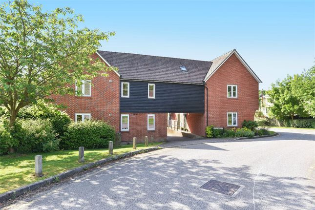 2 bed flat for sale in Church Green Close, Kings Worthy, Winchester, Hampshire SO23