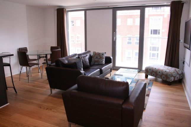 2 bed flat to rent in Belvoir House, Tachbrook Triangle, 181 Vauxhall Bridge Road, Pimlico, London