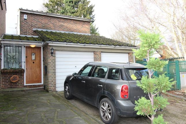 Thumbnail Detached house for sale in Ivy Cottages, Bucks Cross Road, Chelsfield, Orpington, Kent