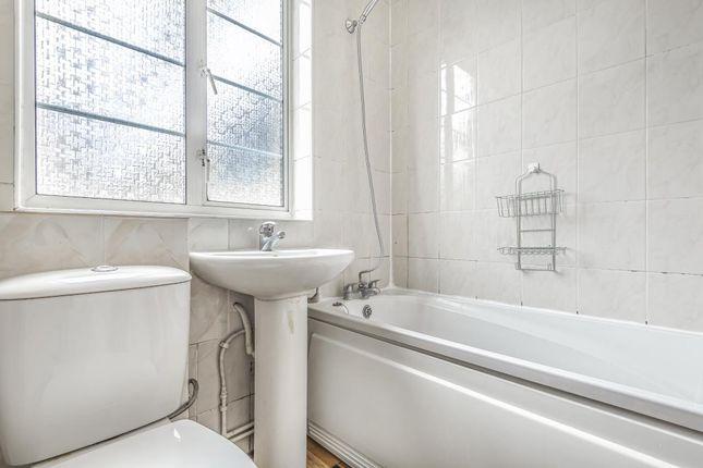 Bathroom of Waverley Grove, London N3