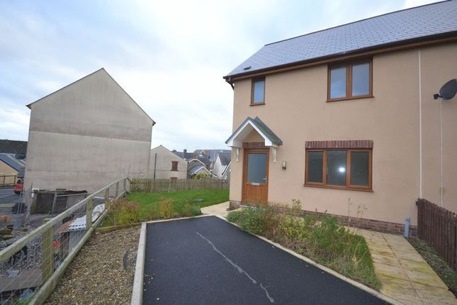 3 bed semi-detached house to rent in Llys Y Brenin, Whitland