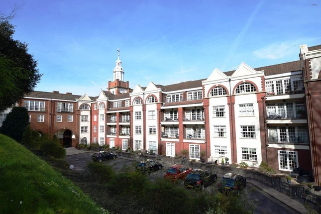 Thumbnail Flat to rent in Nore Road, Portishead, Bristol