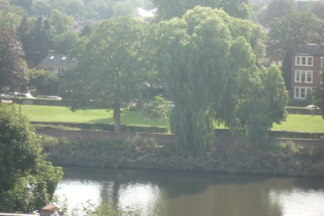1 bed flat to rent in Hill Rise, Richmond