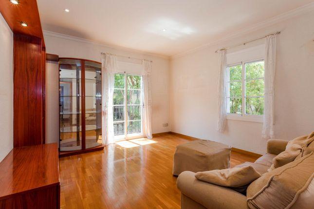 3 bed apartment for sale in Plaza Bon Success, Barcelona, Catalonia, 08001, Spain