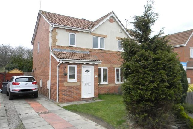 Thumbnail Semi-detached house for sale in Bridgegate Drive, Victoria Dock, Hull