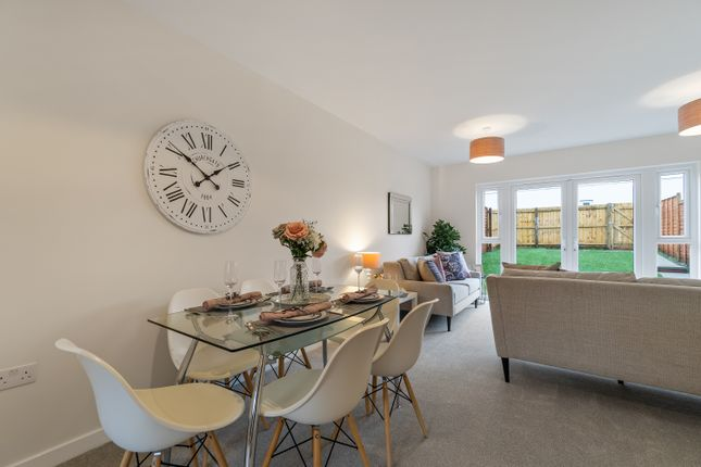 3 bedroom end terrace house for sale in The Parade, Bridgwater