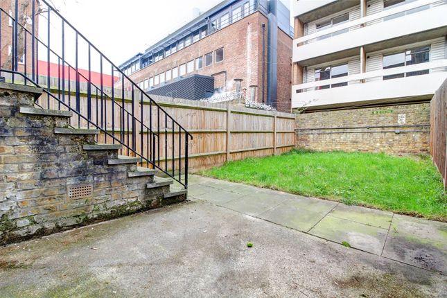 Picture No. 21 of Walden Street, Whitechapel E1