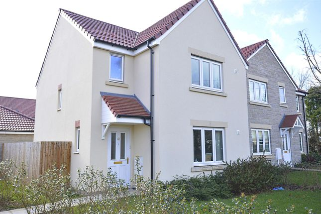 3 bed detached house to rent in Orchid Way, Writhlington, Bath