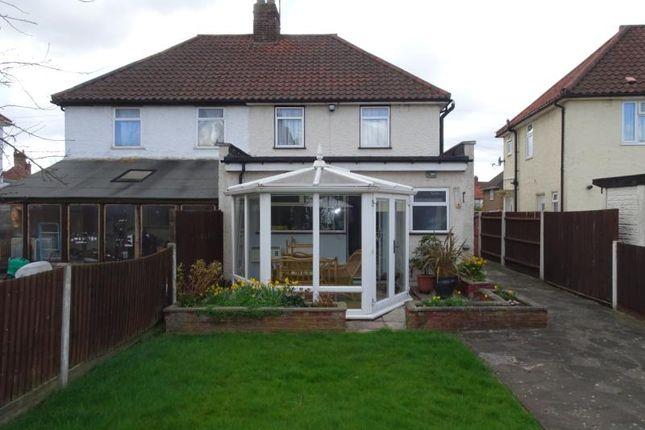 Thumbnail Property to rent in Minet Drive, Hayes, Middlesex