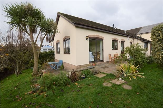 Thumbnail Detached bungalow for sale in Manor Gardens, Abbotskerswell, Newton Abbot, Devon.