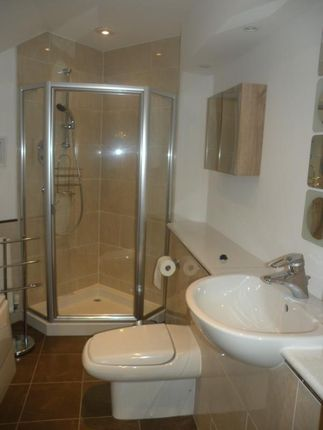 Ensuite of Queens Lane South, Aberdeen AB15