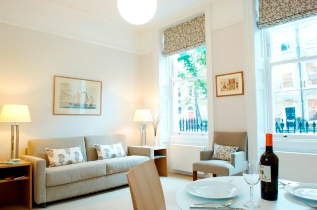 Thumbnail Flat to rent in Doughty Street, Bloomsbury, London