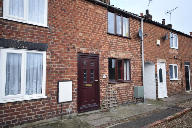 Thumbnail Terraced house to rent in Francis Terrace, Driffield