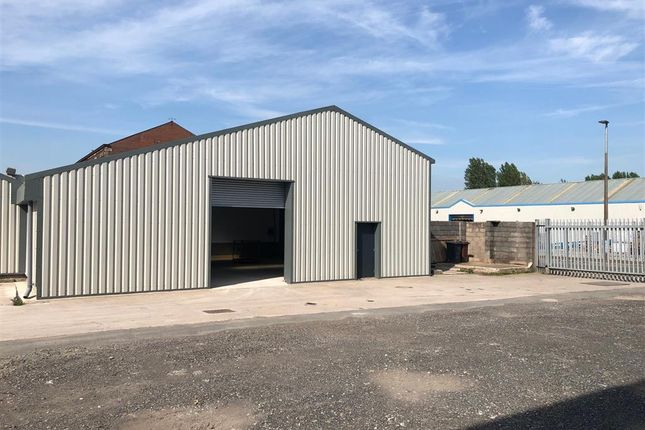 Thumbnail Industrial to let in Unit 1, Greenbank House, Blackburn