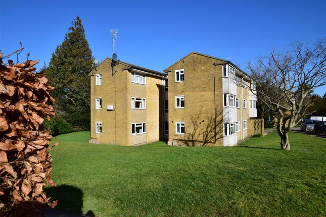Thumbnail Flat for sale in Chenies Close, Tunbridge Wells, Kent