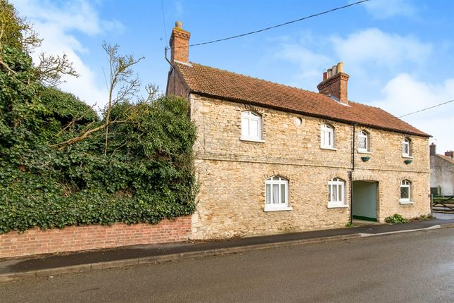 3 bed semi-detached house for sale in Beck Street, Digby, Lincoln