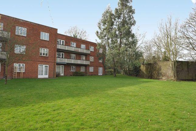 2 bed flat for sale in Garden Close, Ruislip Manor, Ruislip HA4