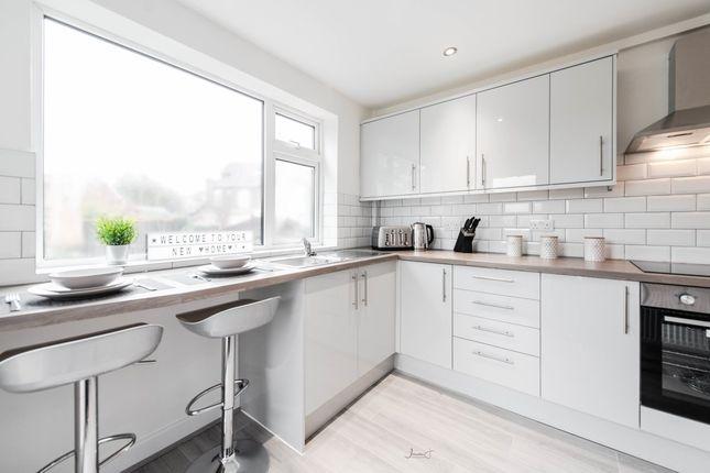 Thumbnail Shared accommodation to rent in Carlton Road, Ashton-Under-Lyne