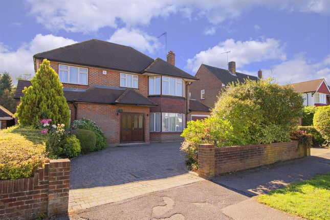 Thumbnail Detached house for sale in The Rise, Elstree, Borehamwood