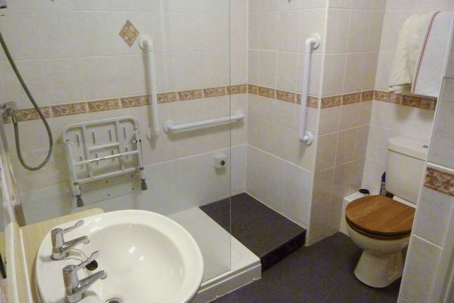 Shower Room of Sandbriggs Court, Preston PR3