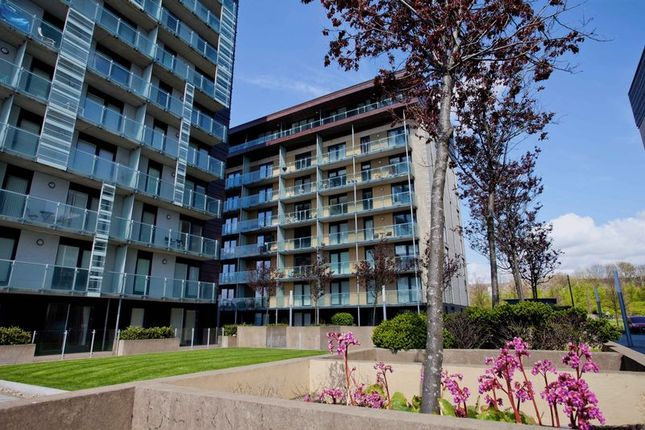 Thumbnail Flat for sale in Glasgow Harbour Terraces, Glasgow