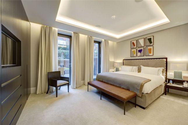 Master Bedroom of Holland Park Villas, 6 Campden Hill, London W8