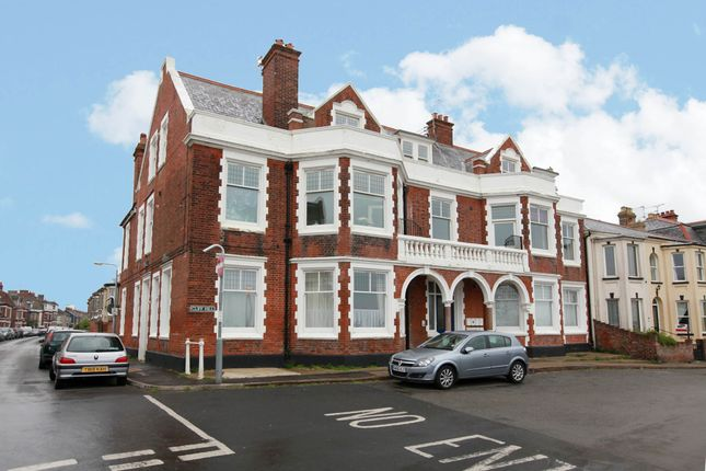 Thumbnail Flat for sale in Cliff Hill, Gorleston, Great Yarmouth