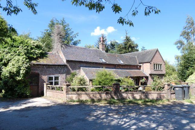 Thumbnail Equestrian property for sale in Heath Lane, Boundary