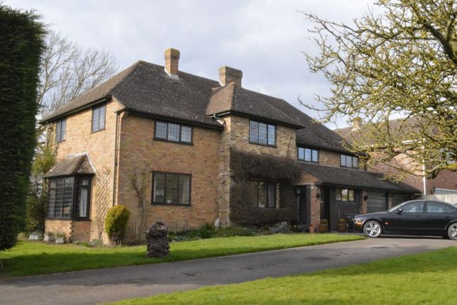 Thumbnail Detached house for sale in Grendon Road, Edgcott, Aylesbury