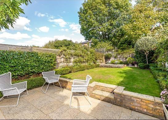 Garden of Grosvenor Road, Richmond TW10