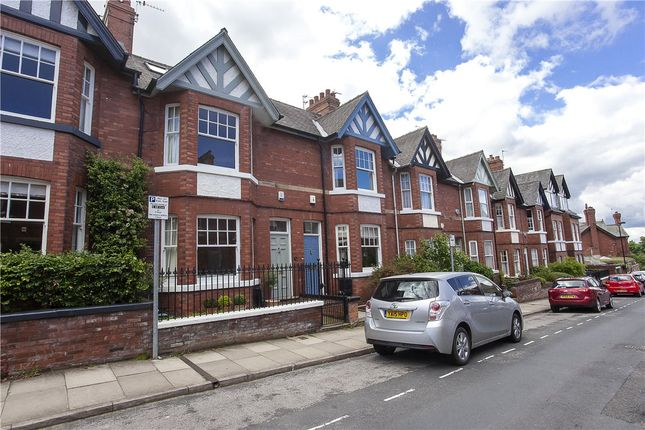 Thumbnail Terraced house to rent in Scarcroft Hill, York