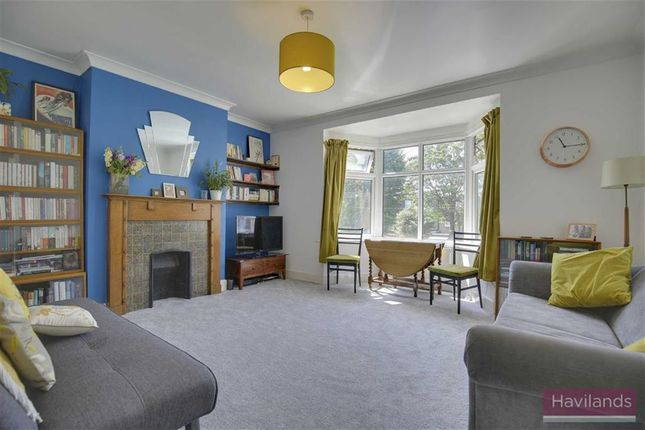 Thumbnail Maisonette for sale in Berry Close, Winchmore Hill, London