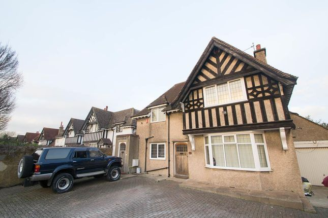 Thumbnail Flat for sale in Kings Drive, Eastbourne