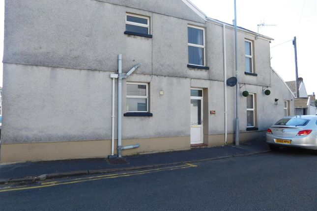 Thumbnail Property to rent in Swansea Road, Llanelli