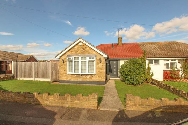 Thumbnail Semi-detached bungalow for sale in Oakhurst Drive, Wickford