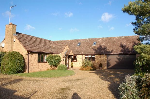 4 bed detached bungalow for sale in Park View, Moulton, Northampton