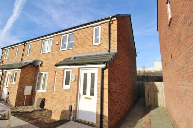 Thumbnail Terraced house for sale in Cefn Adda Court, Newport