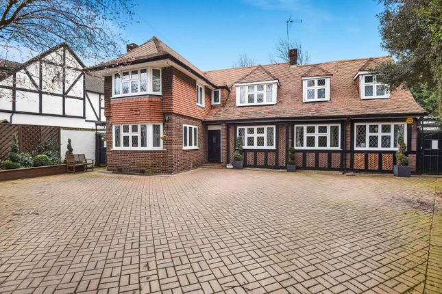 Thumbnail Detached house to rent in Cavendish Drive, Edgware, Middlesex