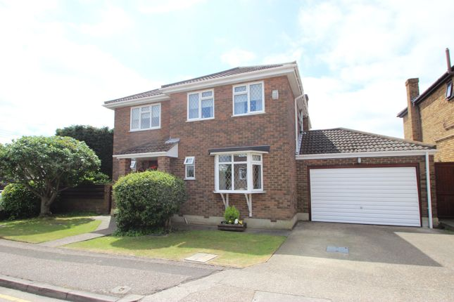Thumbnail Detached house for sale in Chestnut Grove, Benfleet