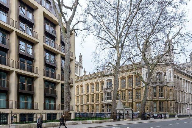 Flat to rent in Boydell Court, St. Johns Wood