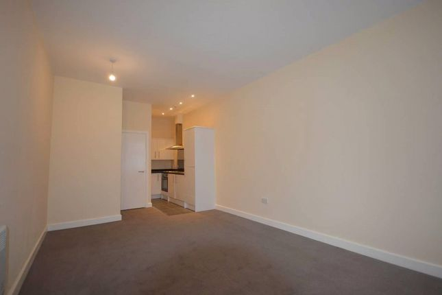 Thumbnail Studio to rent in Market Place Approach, Leicester