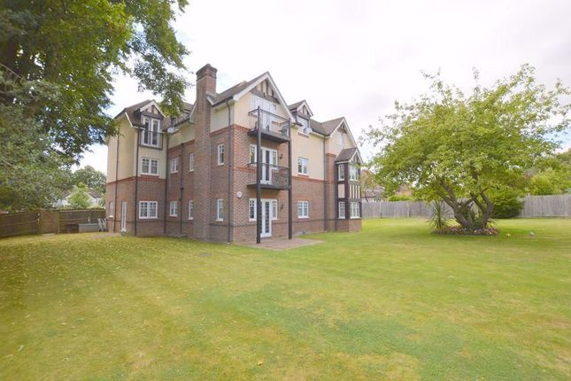 Photo 10 of The Avenue, Hatch End, Pinner HA5